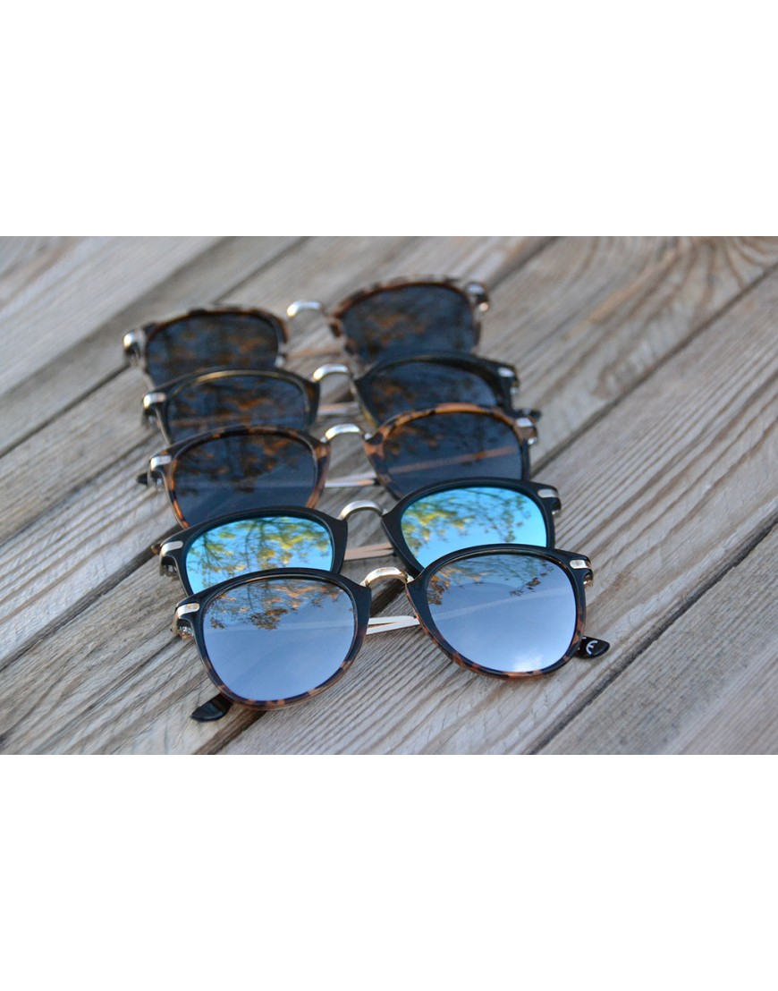 66f146407158 Large collection of sunglasses by Mora Mora